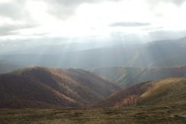 Карпаты. Украина. Между пиками гор Магура и Гимба. Осень 2015